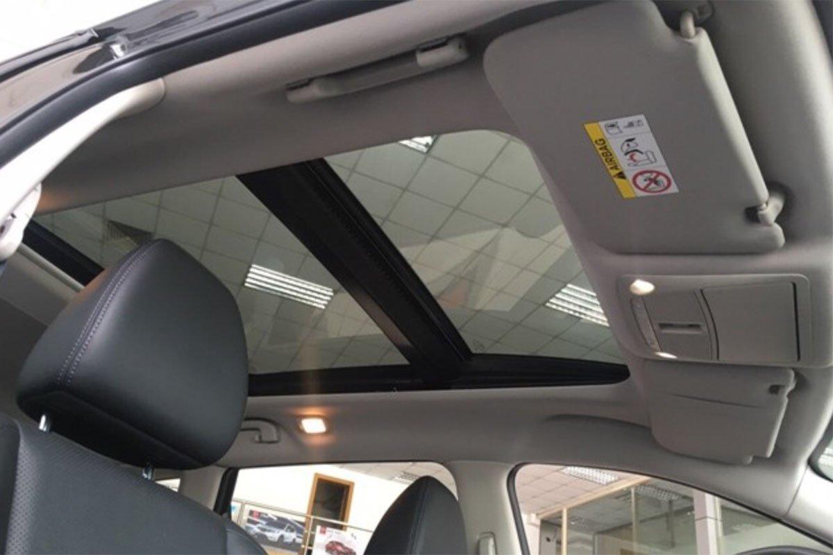 cửa sổ trời xe Nissan X-Trail 2021.