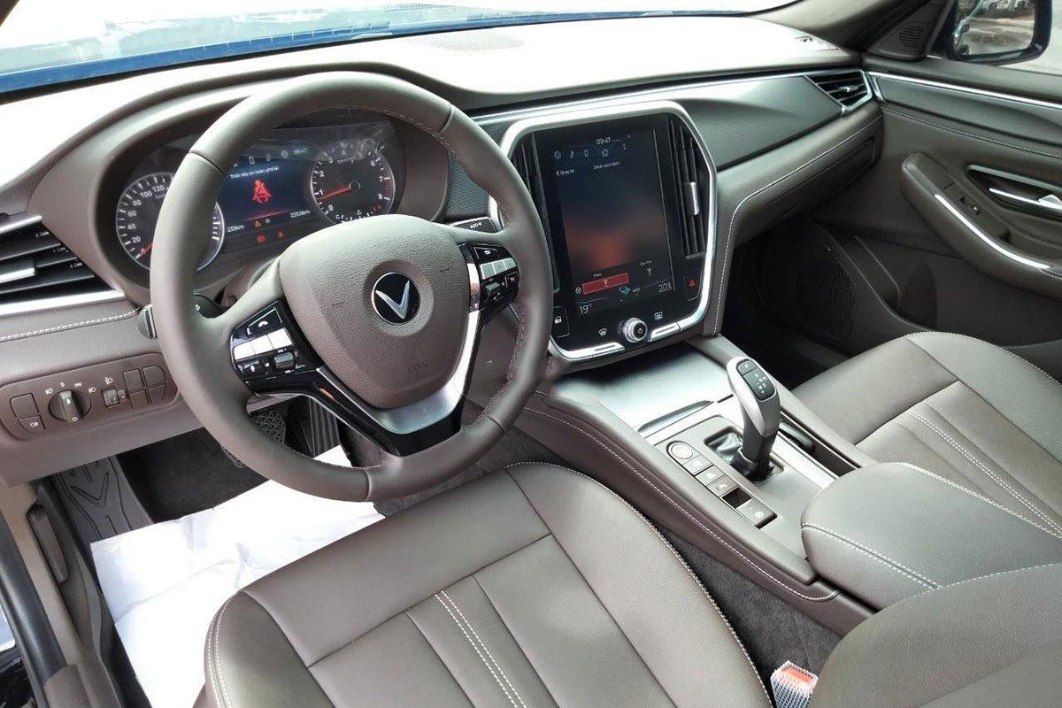 Đây là giá xe VinFast Lux A2.0 sau hơn 200km lăn bánh, xuất xứ xe nói lên mức giá a3