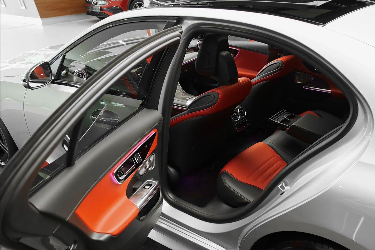 Mercedes-Benz C 300 AMG 2022 lộ diện thực tế: Đại lý Việt Nam nhận cọc, hẹn giao xe cuối năm a15