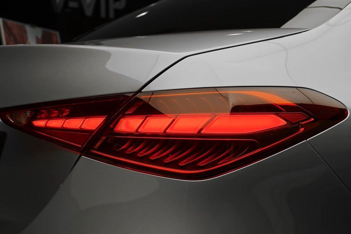 Mercedes-Benz C 300 AMG 2022 lộ diện thực tế: Đại lý Việt Nam nhận cọc, hẹn giao xe cuối năm a9