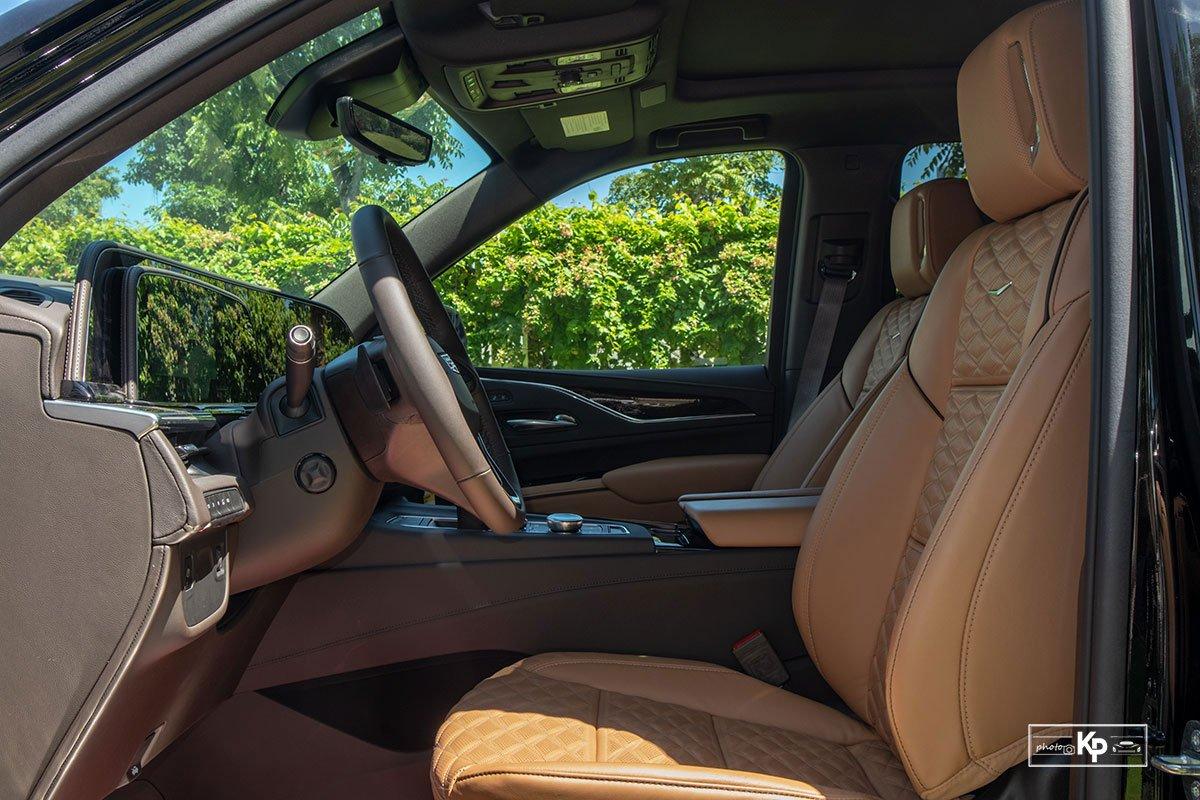 Ảnh Ghế lái xe Cadillac Escalade 2021