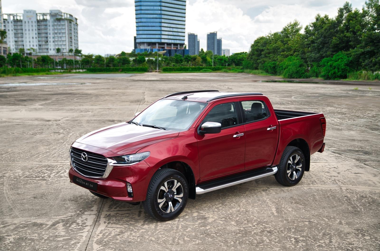Giá xe bán tải Mazda BT-50mới nhất..
