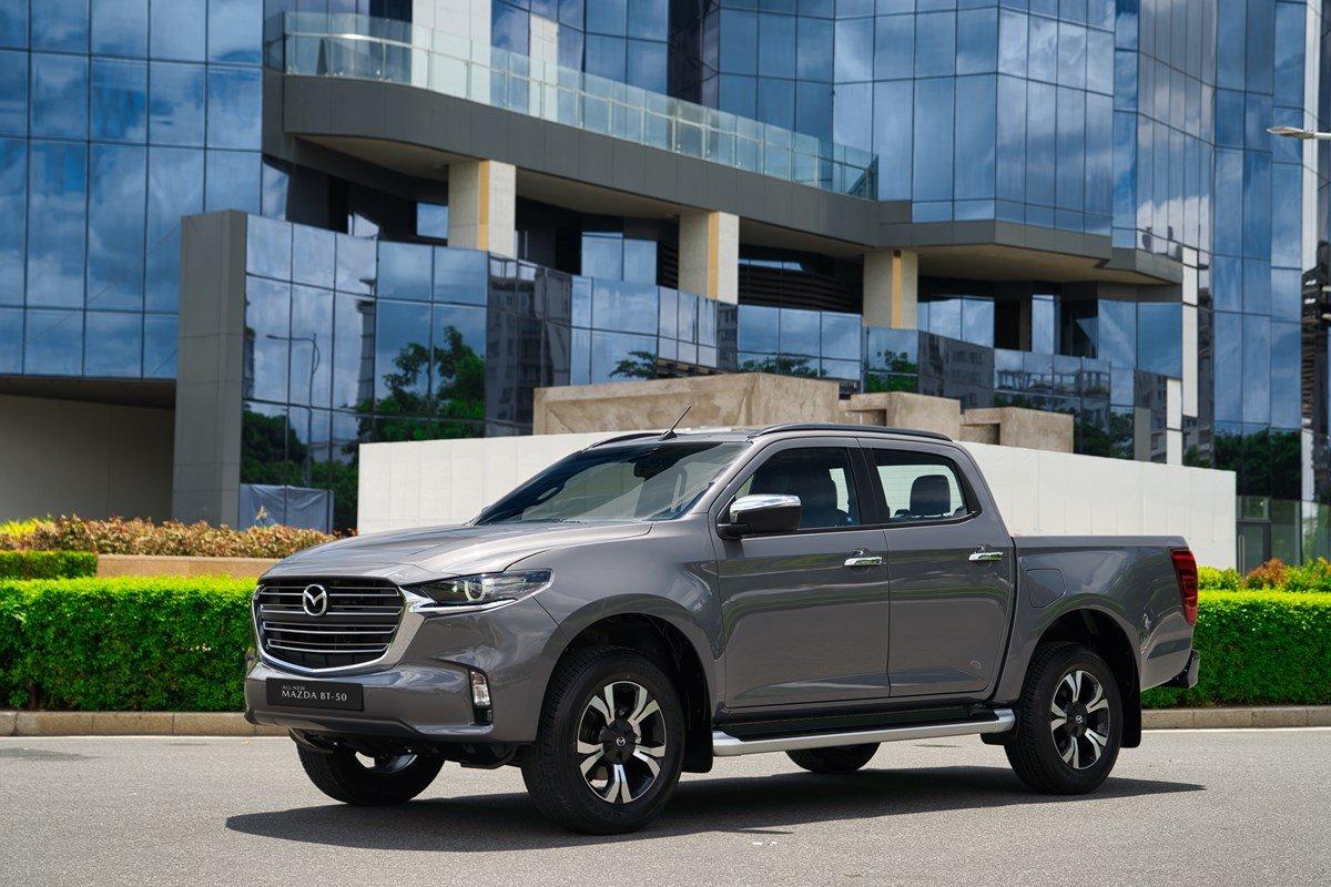 Giá xe Mazda BT-50 2021