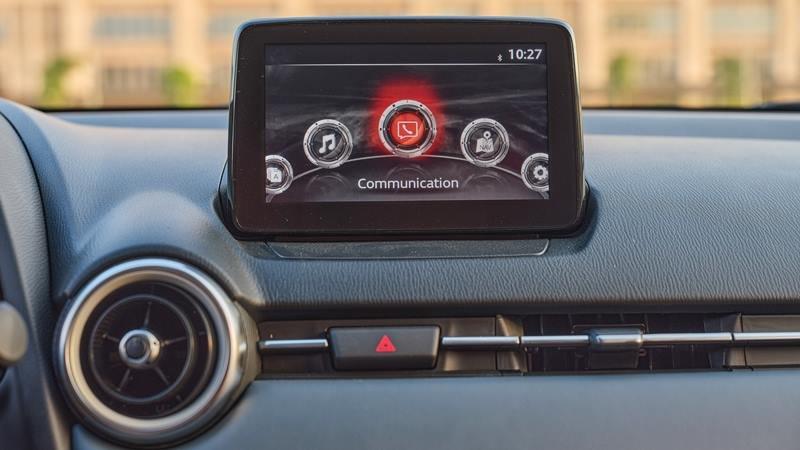 màn hình thông tin giải trí Mazda 2 2021.