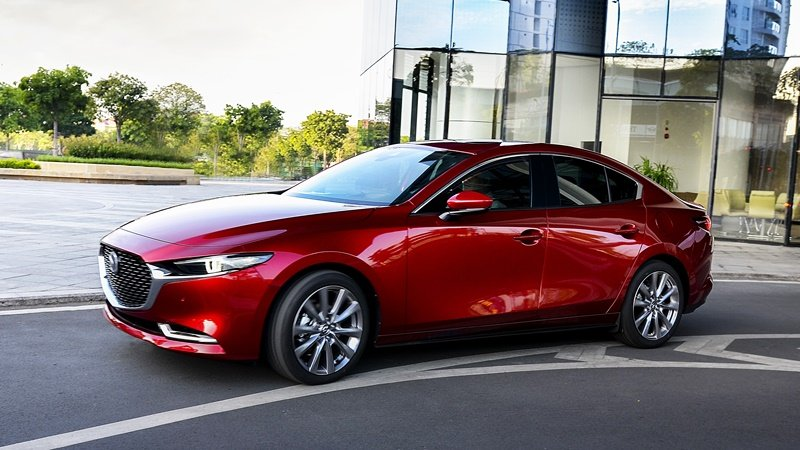 Vận hành xe Mazda 3 2021.