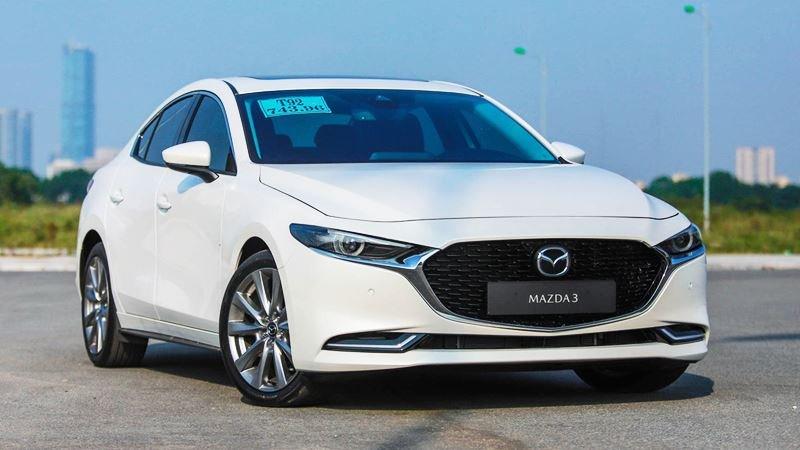 đầu xe Mazda 3 2021.