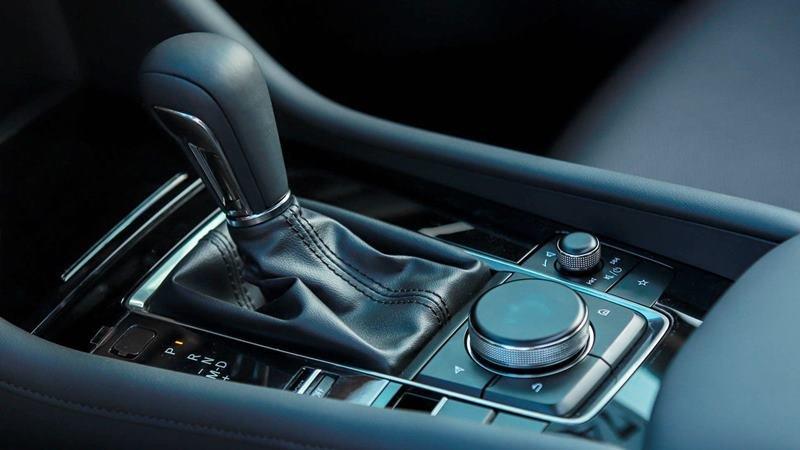 cần số xe Mazda 3 2021.