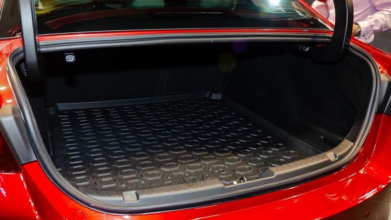 cabin xe Mazda 3 2021.