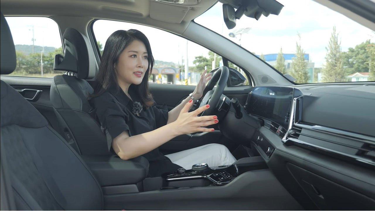 Mới bán ở Hàn Quốc, đây là những đánh giá thực tế đầu tiên Kia Sportage 2022, đối thủ xứng tầm của Tucson a11