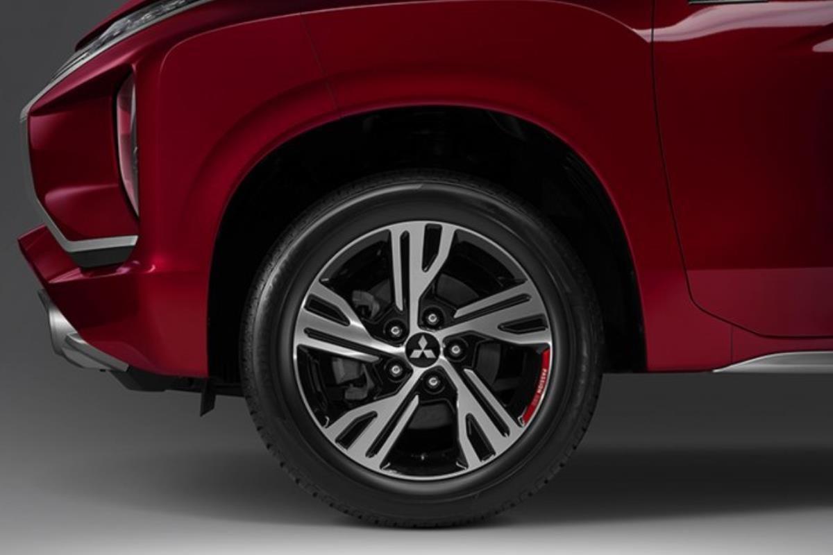 Mitsubishi Xpander Passion Red Edition lazang 1