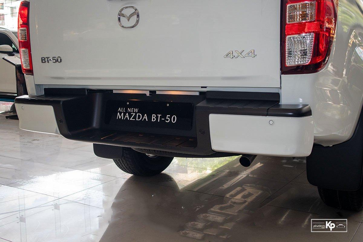 Ảnh Cản sau xe Mazda BT-50 2021
