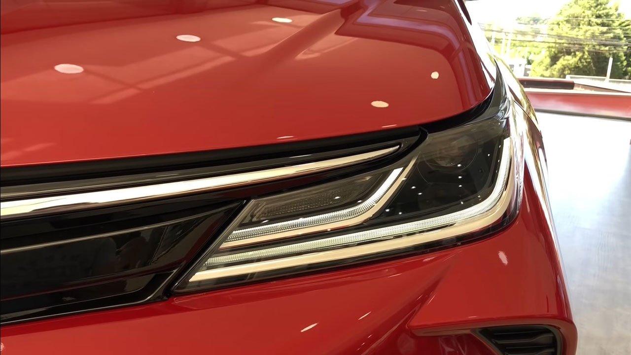 Diện kiến Toyota Corolla Altis GR Sport 2021 tại đại lý a3