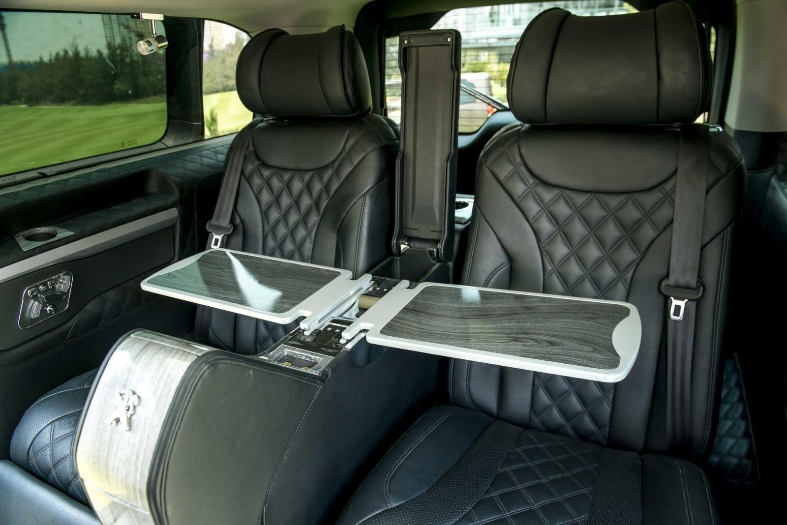 ghế hành khách Peugeot Traveller 2021 .