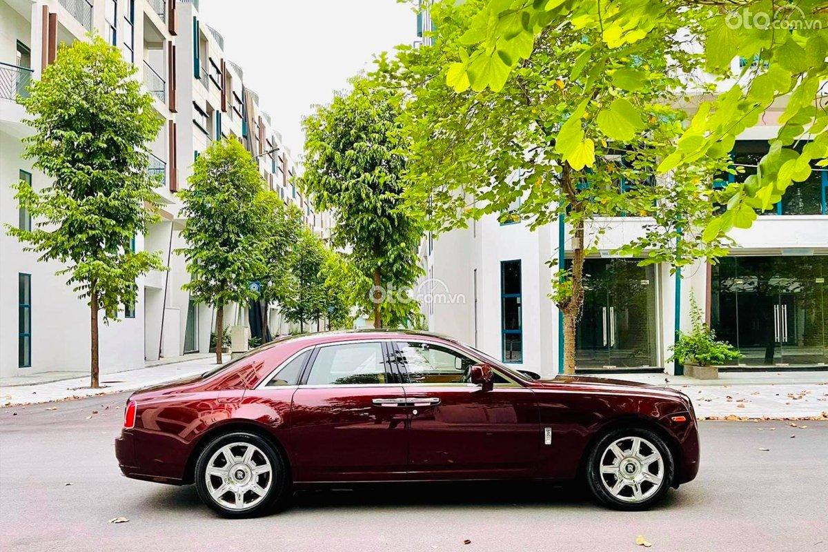 Chi phí đầu tư cho chiếc Rolls-Royce Ghost 2011 biển đẹp này được xem là khá hời