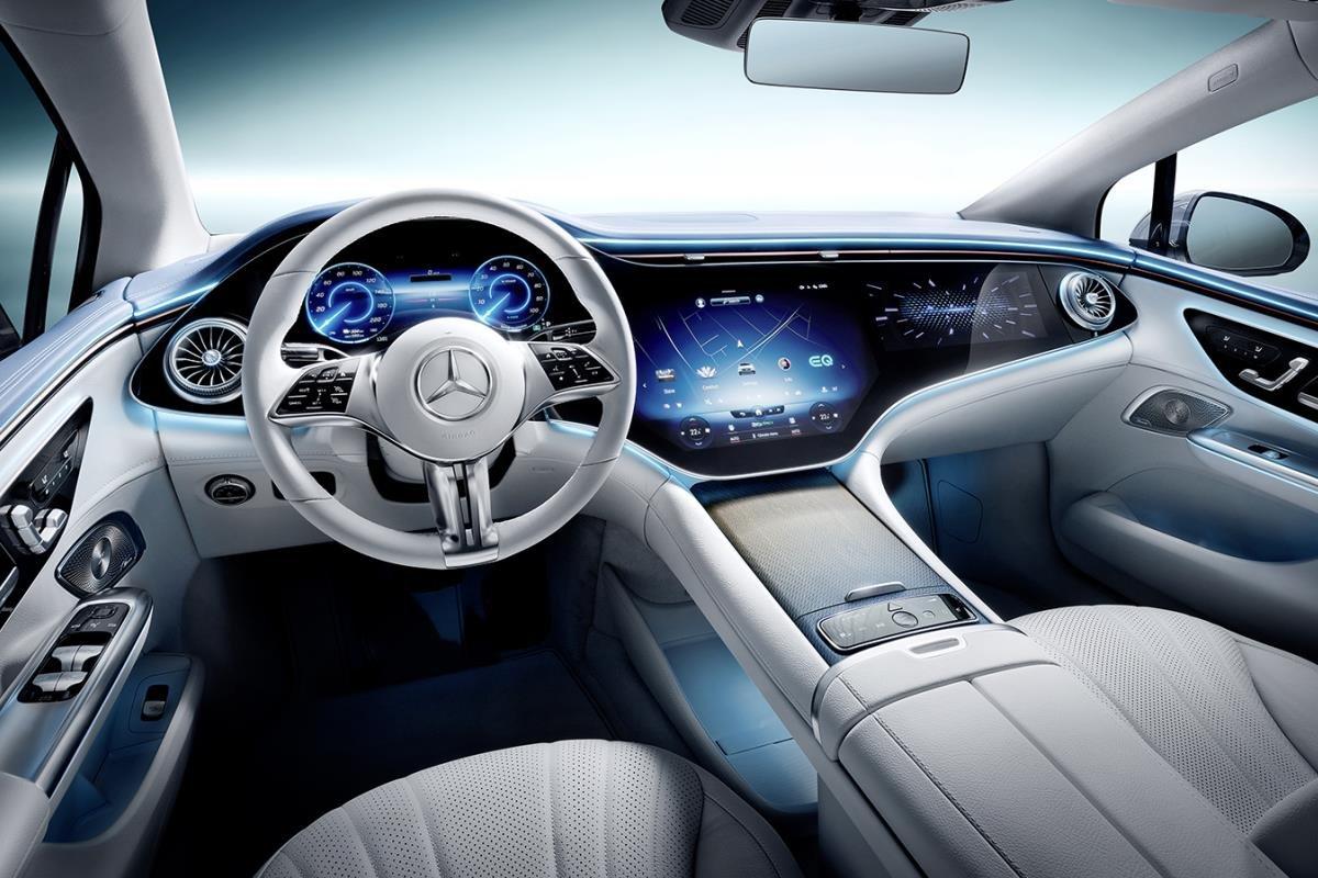 Mercedes-Benz EQE nội thất