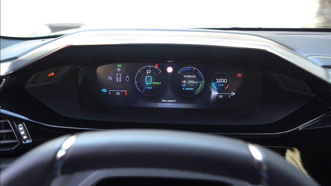 Bóc tách thực tế Peugeot 308 2022 Trong sang, ngoài xịn khiến Mazda 3 phải lo lắng a14
