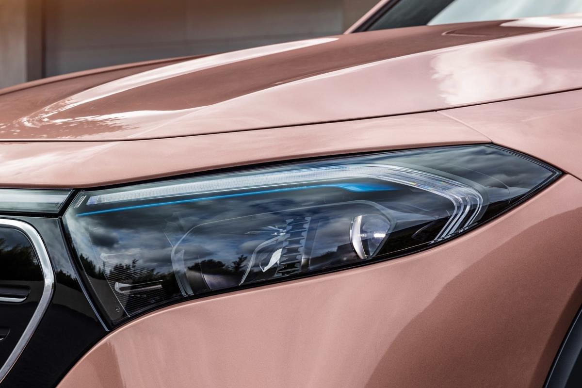 Mercedes EQB đèn pha 1
