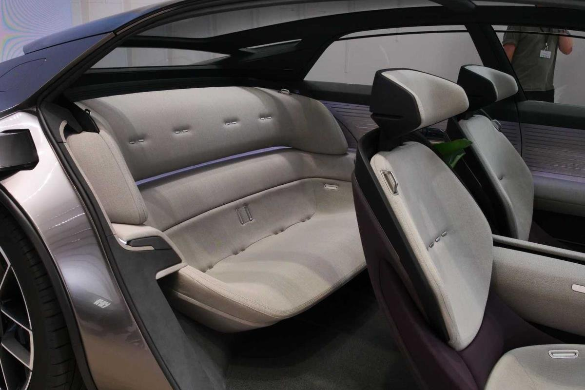 Audi Grandsphere Concept ghế ngồi 1