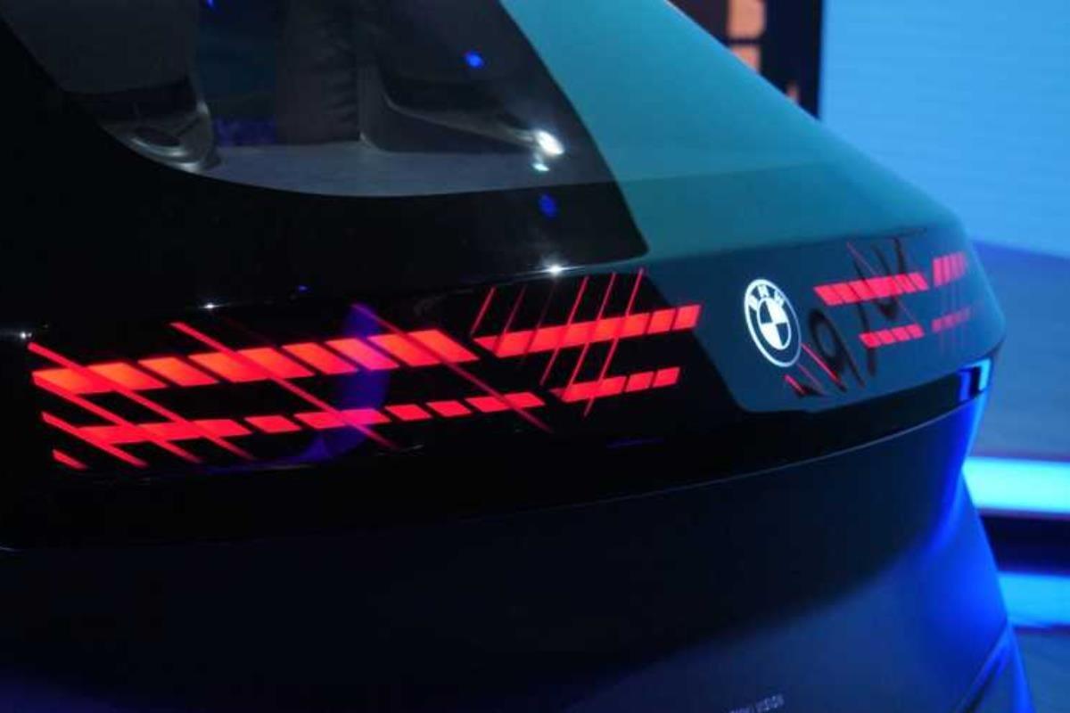 BMW i Vision Circular 2021 đèn hậu 1