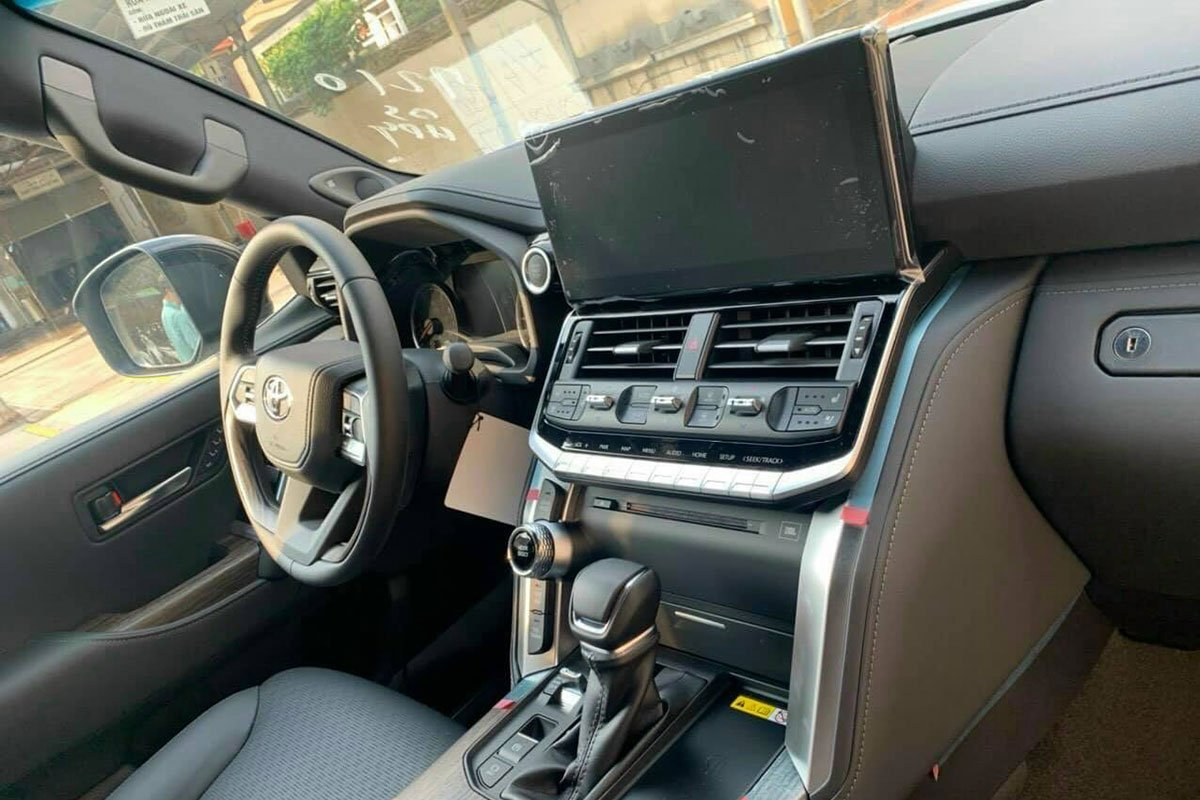 Nội thất xe ToyotaLand Cruiser 2022,