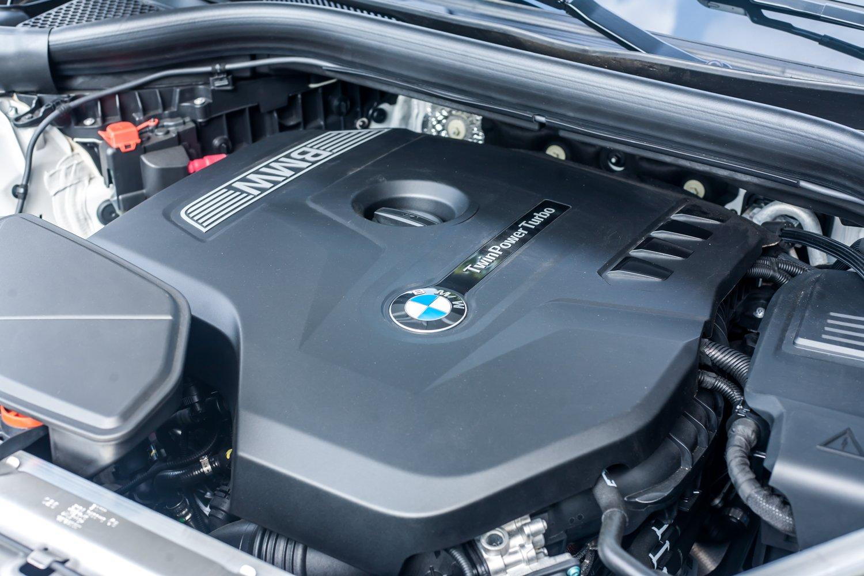 Động cơxe BMW X3 2021.