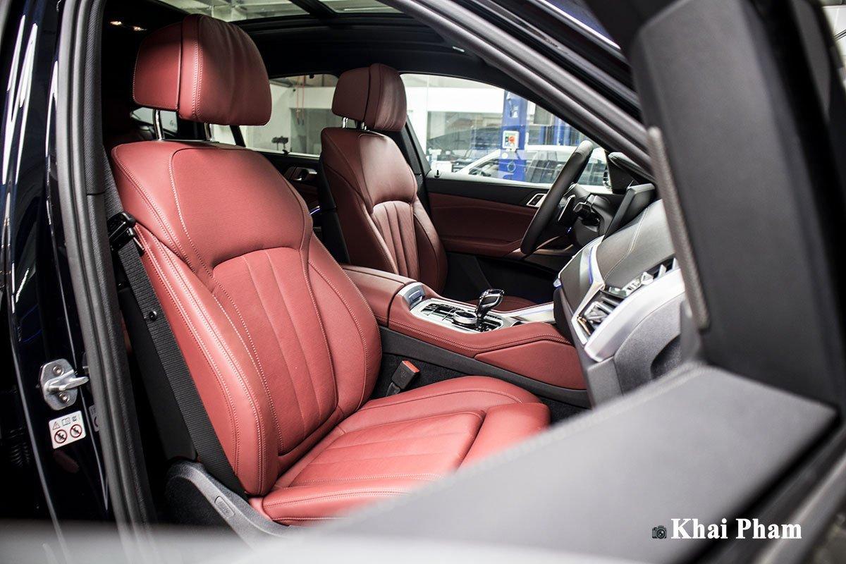 ghế trước xe BMW X6.