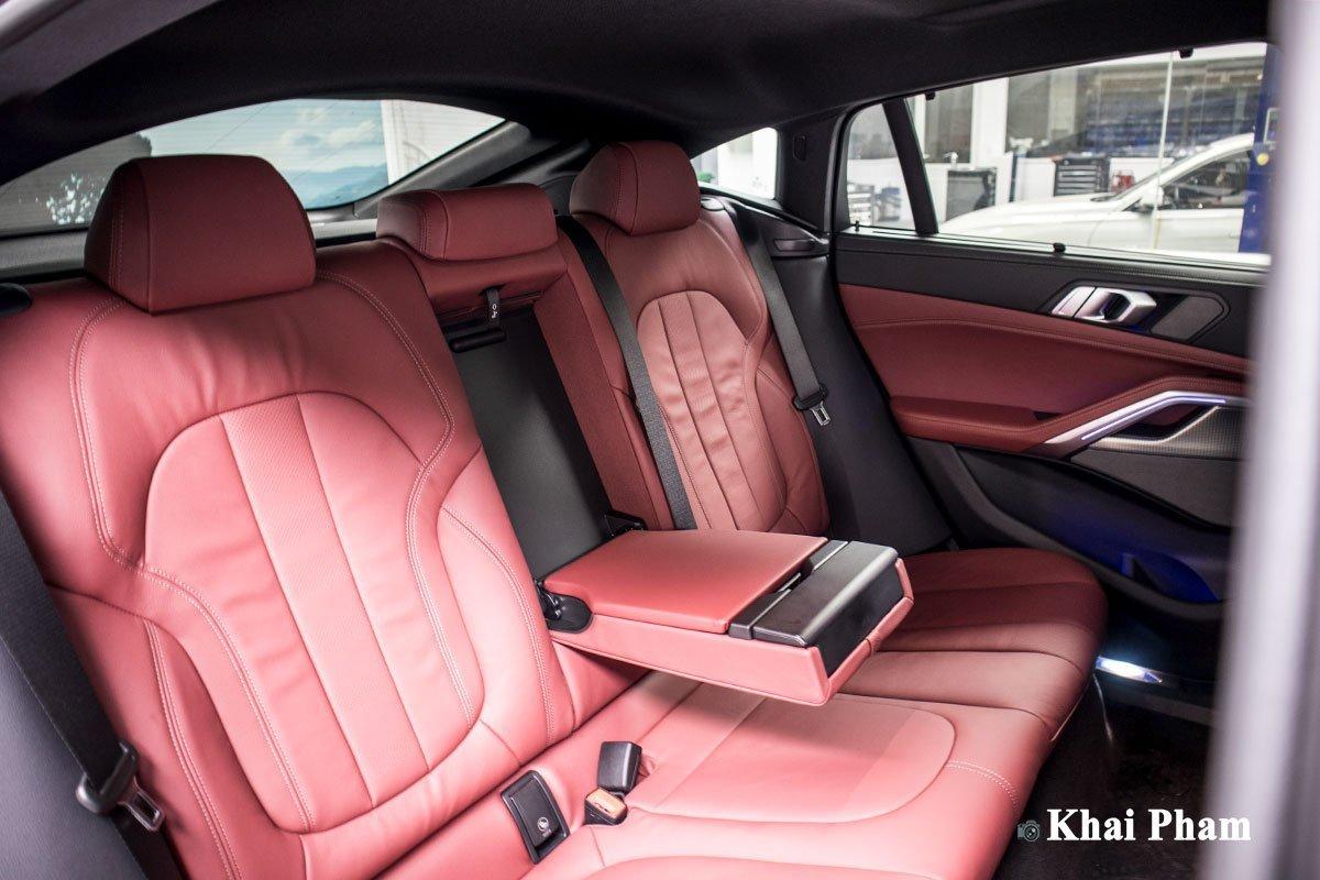 hàng ghế sau xe BMW X6.