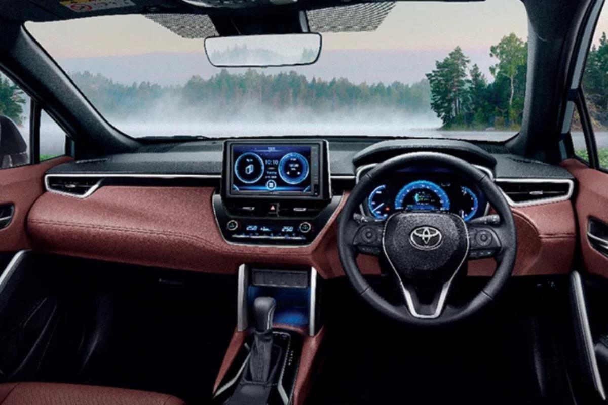 Toyota Corolla Cross Modellista bảng điều khiển 1