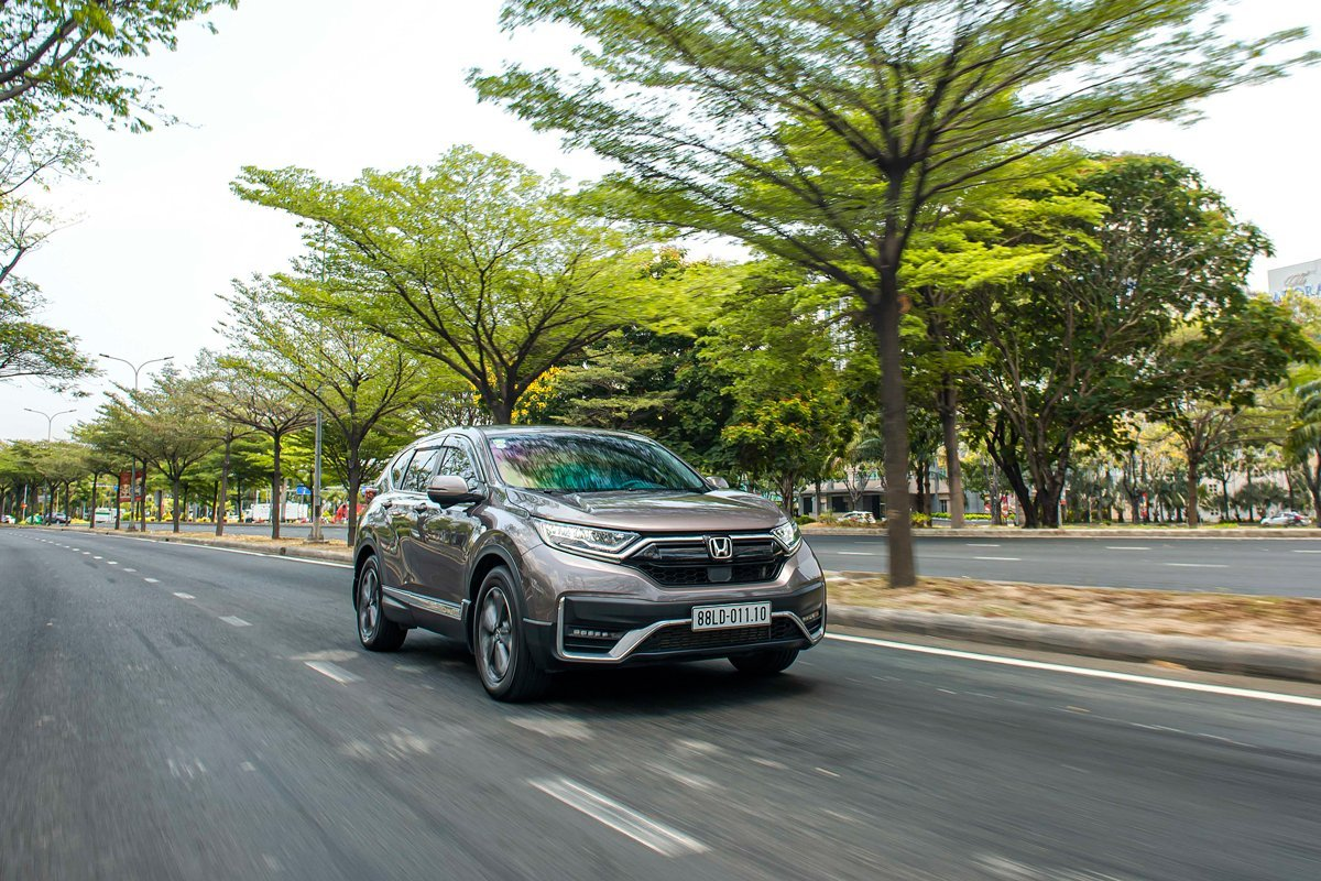 Honda CR-V được bán ra, chiếm 58,2% tổng doanh số bán ô tô của HVN trong tháng 8 vừa qua