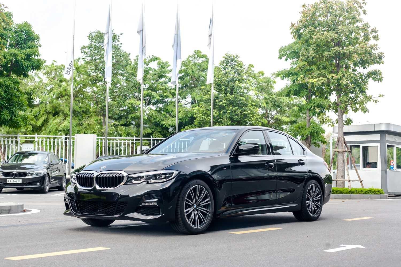 Giá xe BMW 330i 2021 cập nhật mới nhất