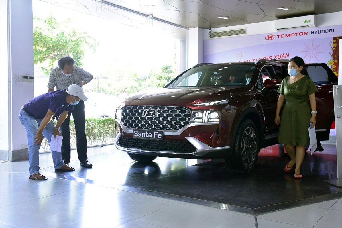 Theo dự đoán, doanh số tiêu thụ ô tô trong tháng 9 chưa thể hồi phục.