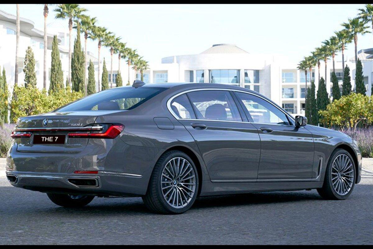 đuôi xe BMW 740Li 2021.