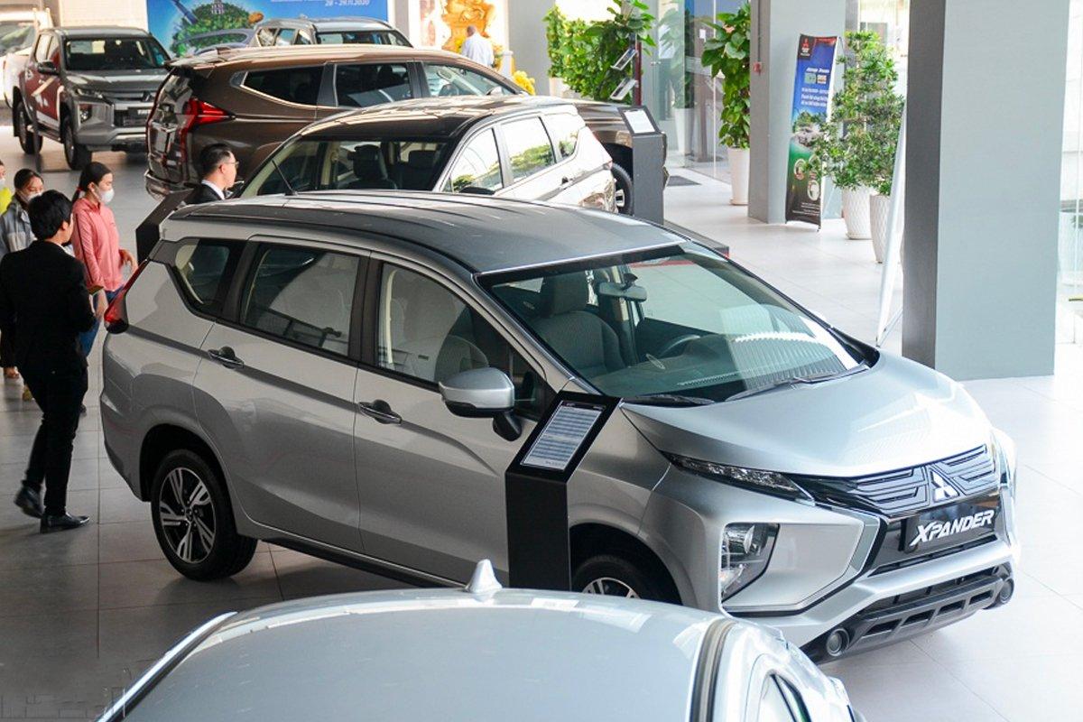Mitsubishi Xpander gần như tiếp tục giữ ngôi xe đa dụng ăn khách nhất