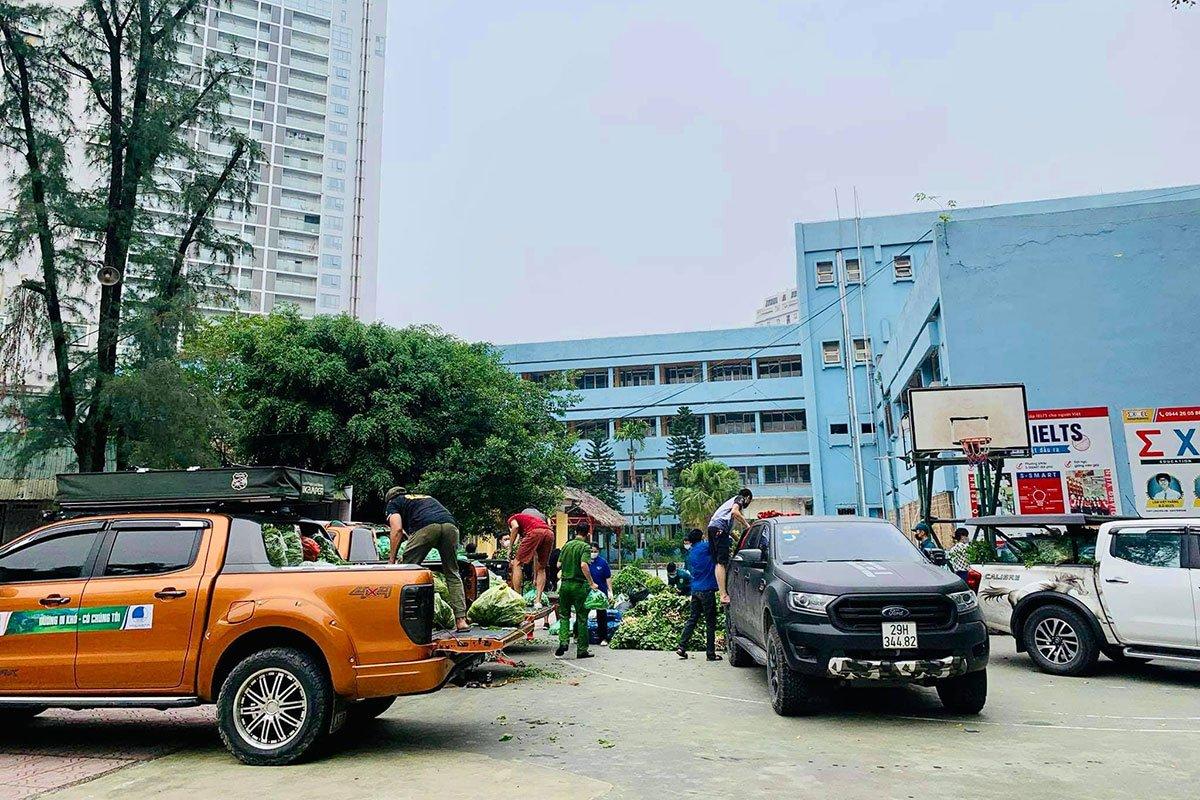 CLB Xe bán tải địa hình Việt Nam (PVC) hỗ trợ vận chuyển.