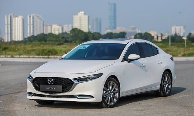 Ngoại hình xe Mazda 3 2020 cũ.