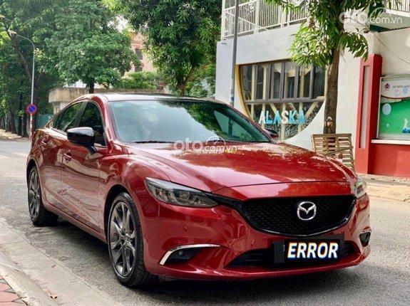 Ngoại hình xe Mazda 6 2017 cũ.