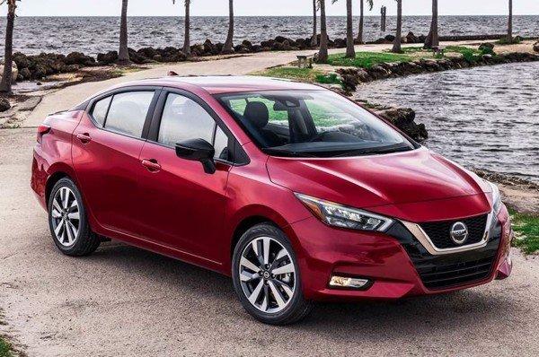 Ngoại hình Nissan Sunny cũ đời 2019.