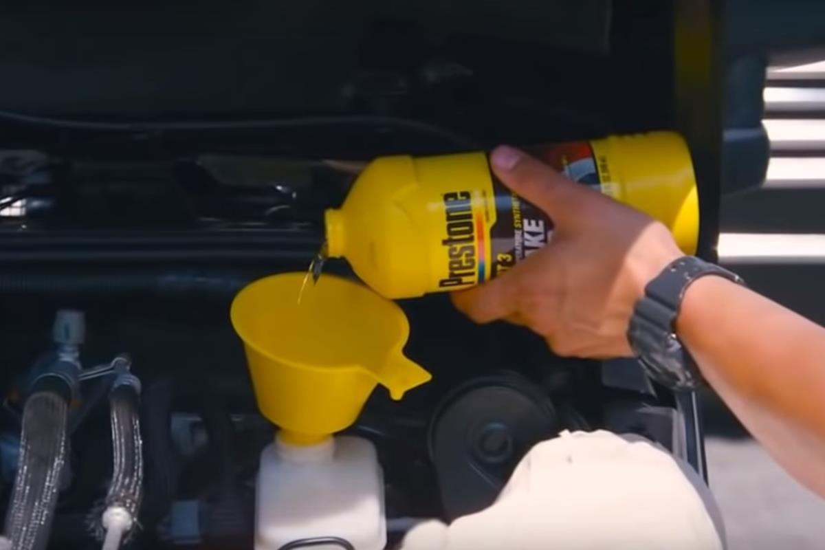thay dầu phanh