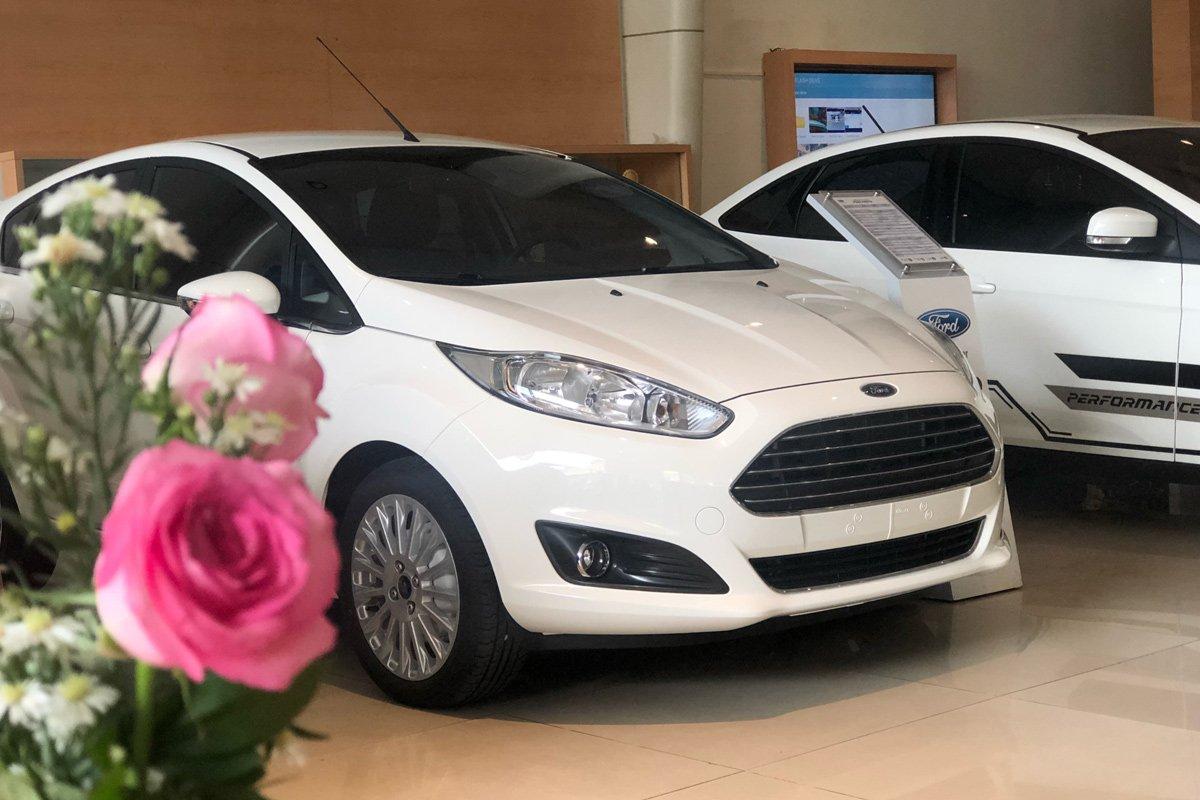 Mua bán xe Ford Fiesta cũ mới.