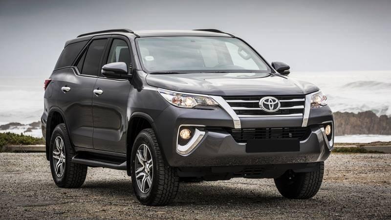 Ngoại hình Toyota Fortuner cũ đời 2018 - 2019.