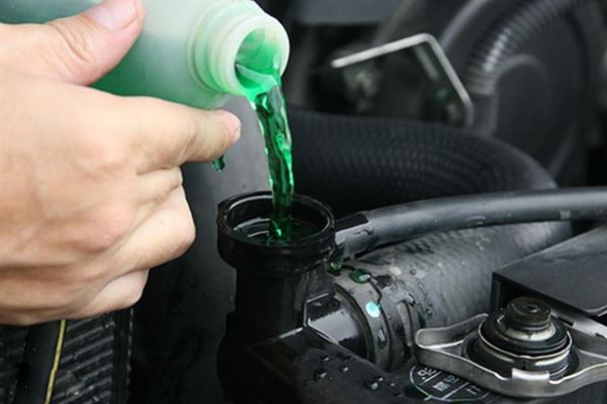 nước làm mát ô tô