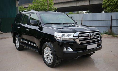 Ngoại hình Toyota Land Cruiser cũ đời 2016.
