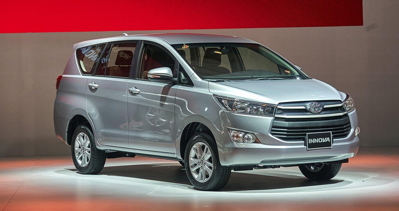 Ngoại hình Toyota Innova cũ đời 2018.