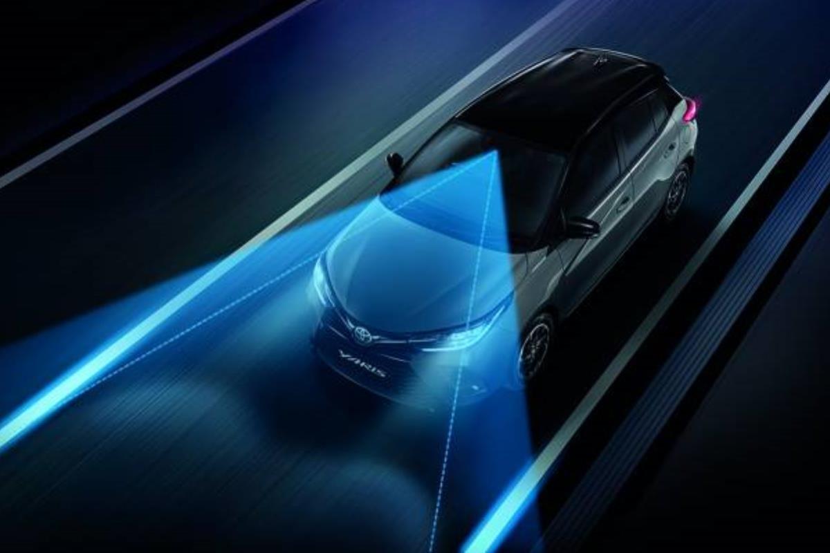 Toyota Vios 2022 cảnh báo chệch làn đường 1