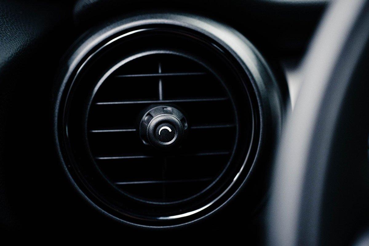 cửa gió điều hòa xe MINI One.