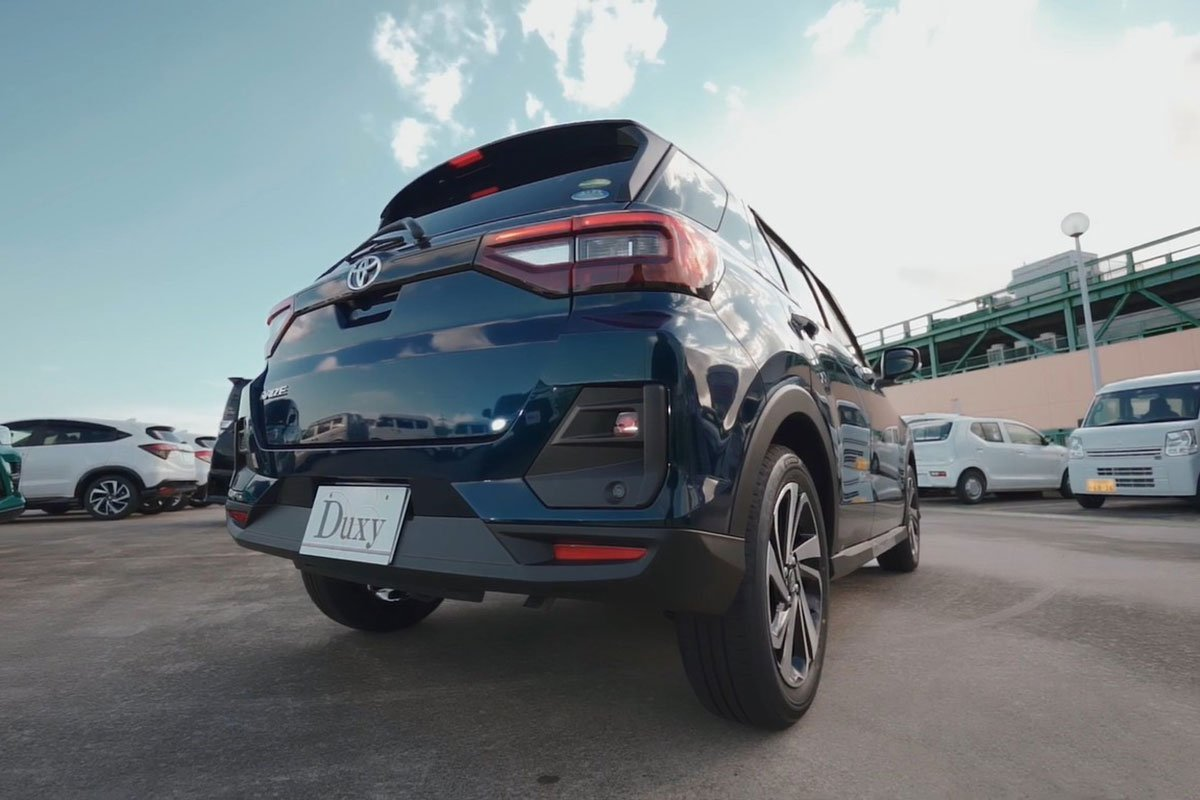 đèn hậu xe Toyota Raize 2021.