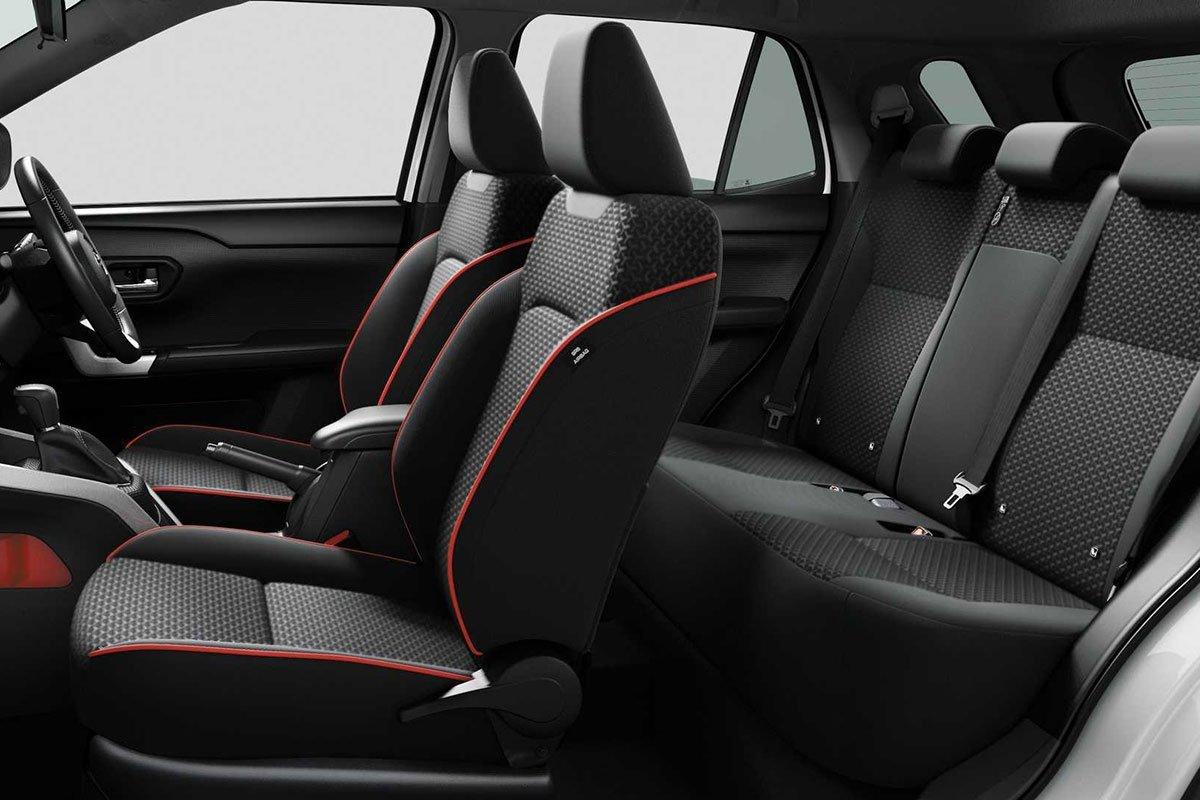 ghế xe Toyota Raize 2021.