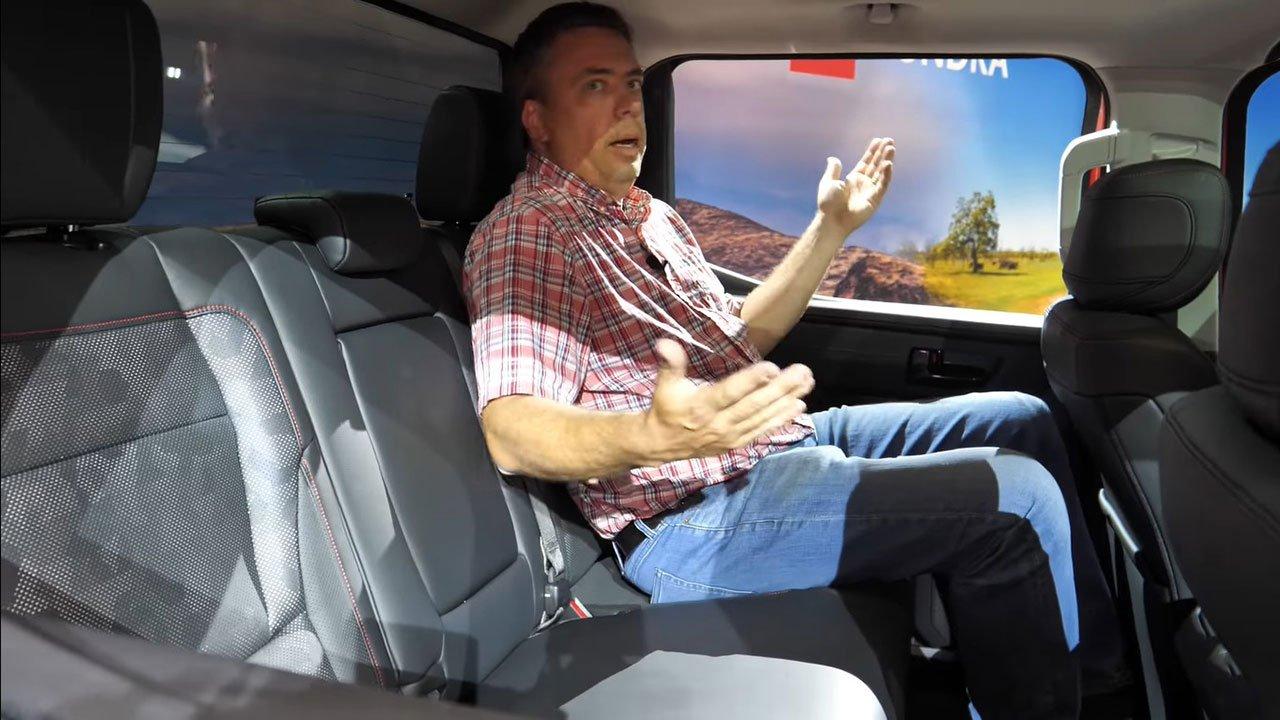 Ảnh thực tế Toyota Tundra 2022 vừa ra mắt, nội thất đẹp xuất sắc A81