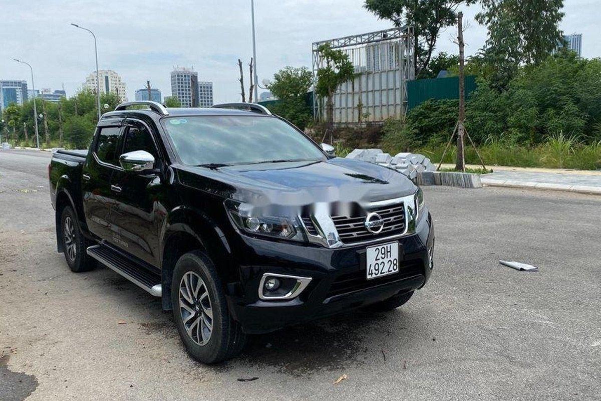Lăn bánh hơn 4.000km, Nissan Navara 4WD bán lỗ cả trăm triệu.