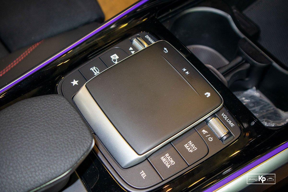 Ảnh Con lăn xe Mercedes-Benz GLB 35 2021